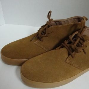 BOY'S CHUKKA MID TO CONAC SUEDE ANKLE BOOTS  5